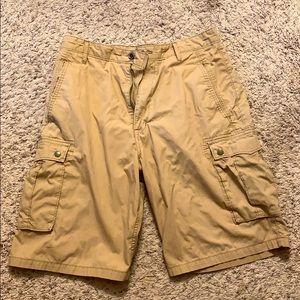 Men's Levi khaki shorts